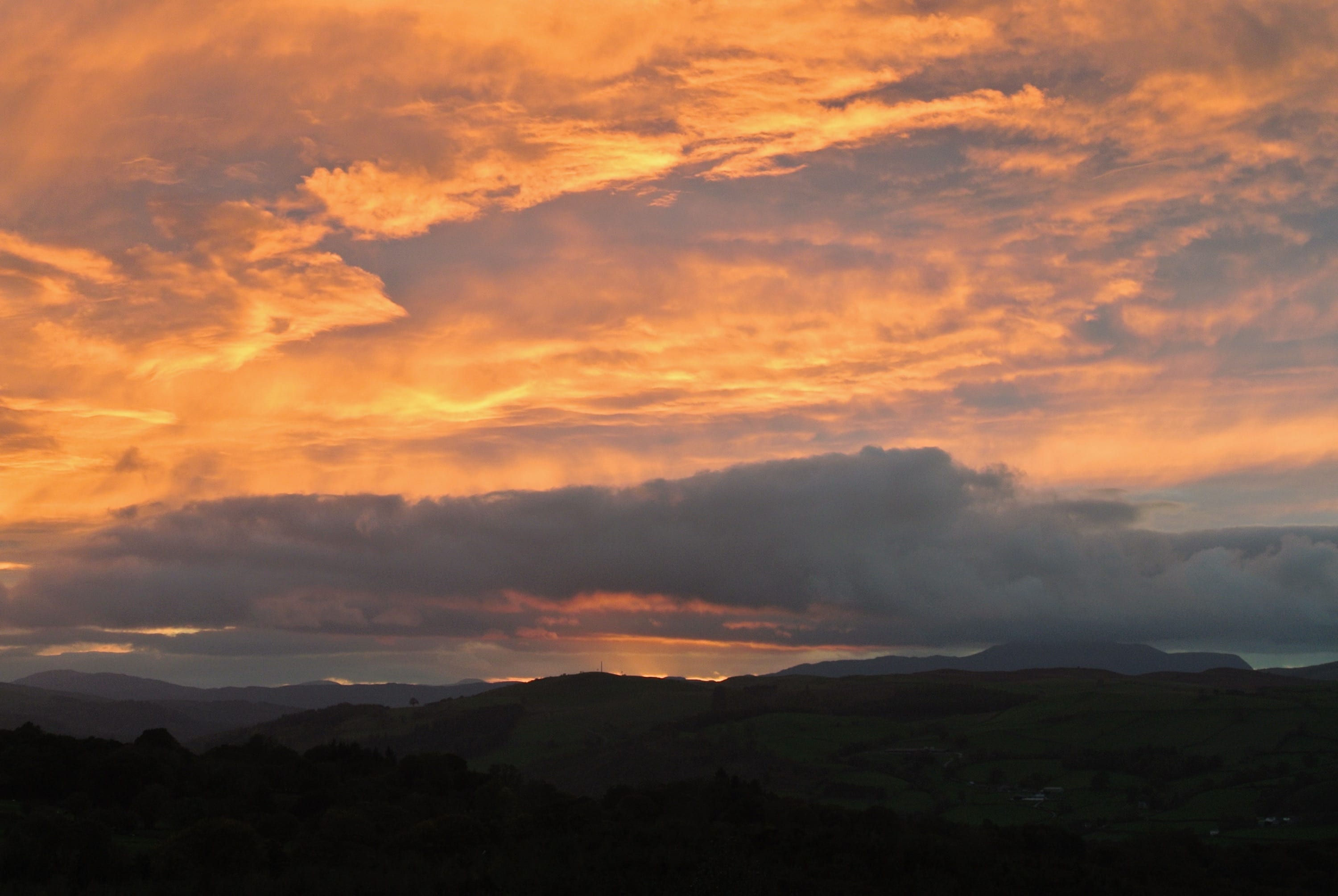 Sunset off grid sustainable eco glampsite and glamping