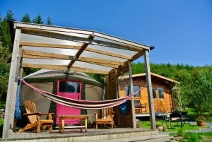 Ty crwn bach idris yurt 10 off grid sustainable eco glampsite and glamping