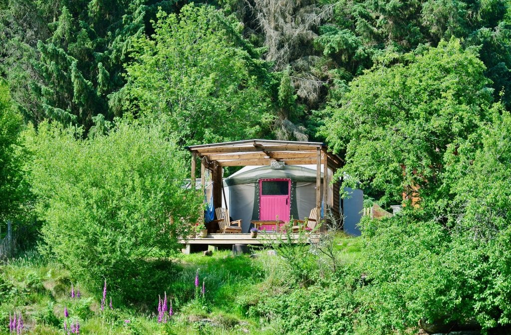 Ty crwn bach idris yurt 26 off grid sustainable eco glampsite and glamping