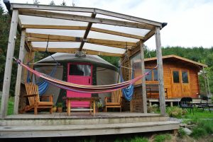 Ty crwn bach idris yurt 7 off grid sustainable eco glampsite and glamping